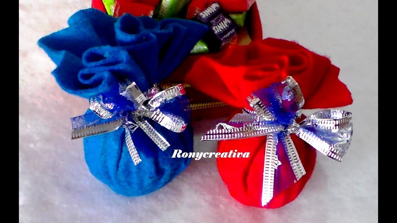 Adornos navide os esferas con flor de navidad for Adornos para plantas con llantas