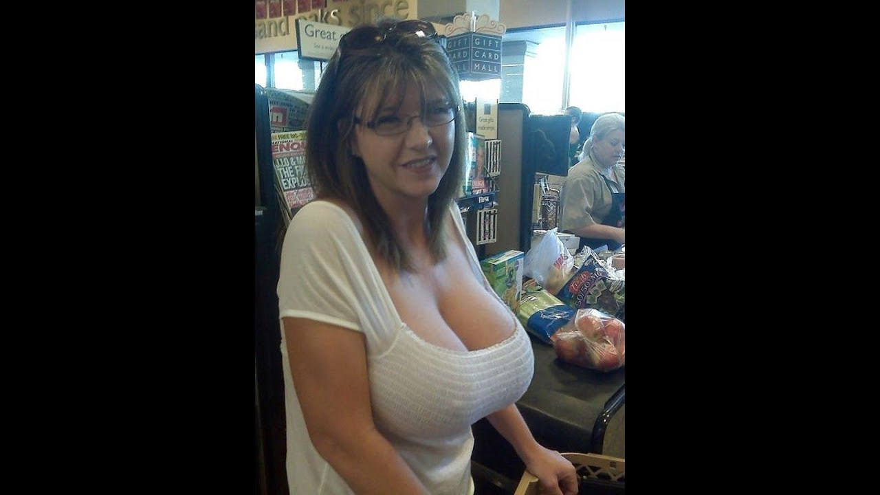 Gorgeous natural breasted