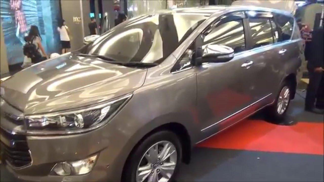 All New Kijang Innova Q Diesel Grand Avanza Veloz 1.5 Putih 2 4 Launching At Trans Studio Mall Youtube