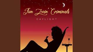Daylight (feat. Rowetta)