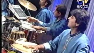 Malini Keshava Prasad with SPB sings Anuraagave hoovagide (Sharavegada Saradara)