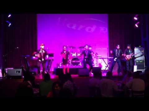 Hard Rock Cafe Dubai Staff Dance