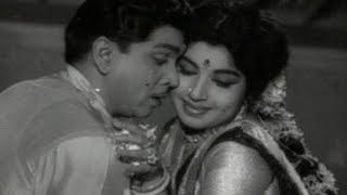 Adarsha Kutumbam Songs - Bidiyamela O Cheli Song - Nageswara Rao, Jayalalitha