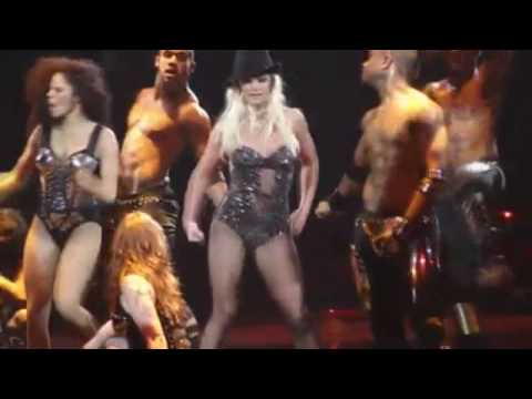 Britney Spears - Get Back (Live @ Circus Tour)