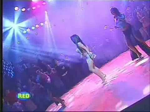 PAOLA RUIZ & GISELA MOLINERO - el baile de la cocotera (HQ)