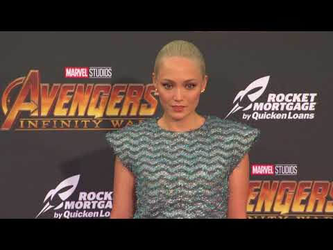 Avengers: Infinity War World Premiere  B-Roll    SocialNews.XYZ