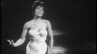 Shirley Bassey - Lucky Day / I