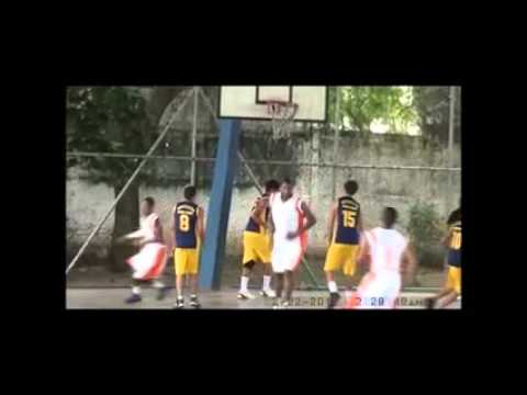 V TORNEIO DE BASQUETE DO GARCIA EDUCAFRO X DRIBLE CERTO 2013 - YouTube acbb1c5e9a29d