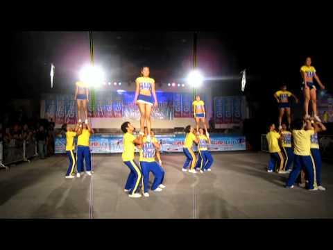 UC Cheerdance Team @ Globe Super School Cheer Exhibition [HD]
