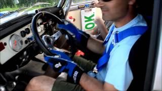 Rallye Guru Team. LACA készül a versenyre. Thumbnail