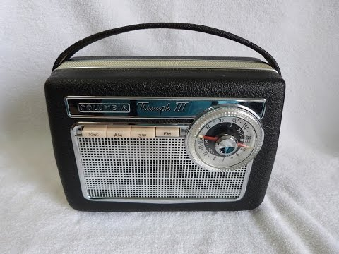 1961 Columbia Triumph III AM/FM/SW transistor radio (Germany