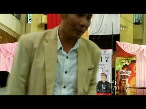 Arip Riadi - Secepat Angin Live at Bandung Trade Mall