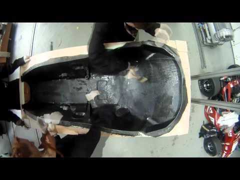 Monocoque F106 - Erste Lage - Timelapse