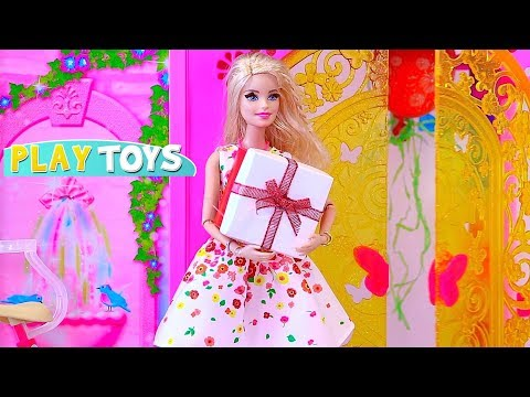 Barbie Girl Birthday Party in the Glam Doll House! 馃巰