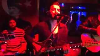Onur Koç-Esmer Yarim   Eylül Cafe/Bar
