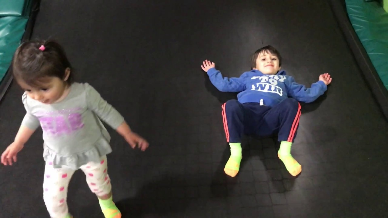 Rockin\' Jump Trampoline Park San Jose | Family Fun indoor ...