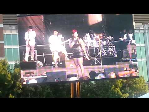 Fantasia performs at Baltimore's African American Music Festival! AMAZING!!!