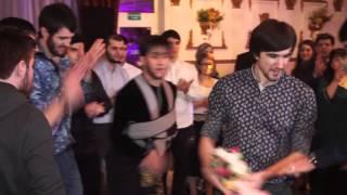 Лезгинка на дагестанской свадьбе