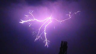 Lightning Strikes in super slow motion - 1000fps
