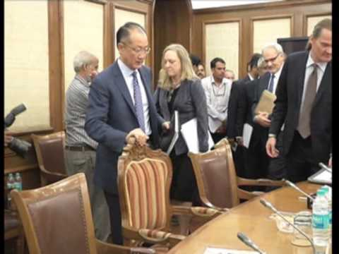 World Bank Group President meets Indian Finance Minister, pledges support