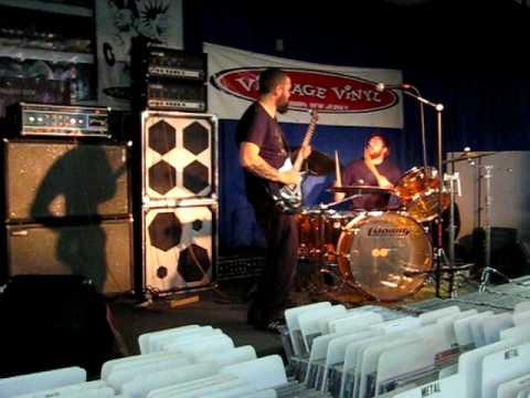 Eagle Twin Live At Vintage Vinyl Fords Nj 09 21 2009