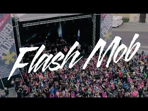 Eesti suurim flash mob Tallinna päeval: Karl-Erik Taukar Band - Seitse Pühapäeva