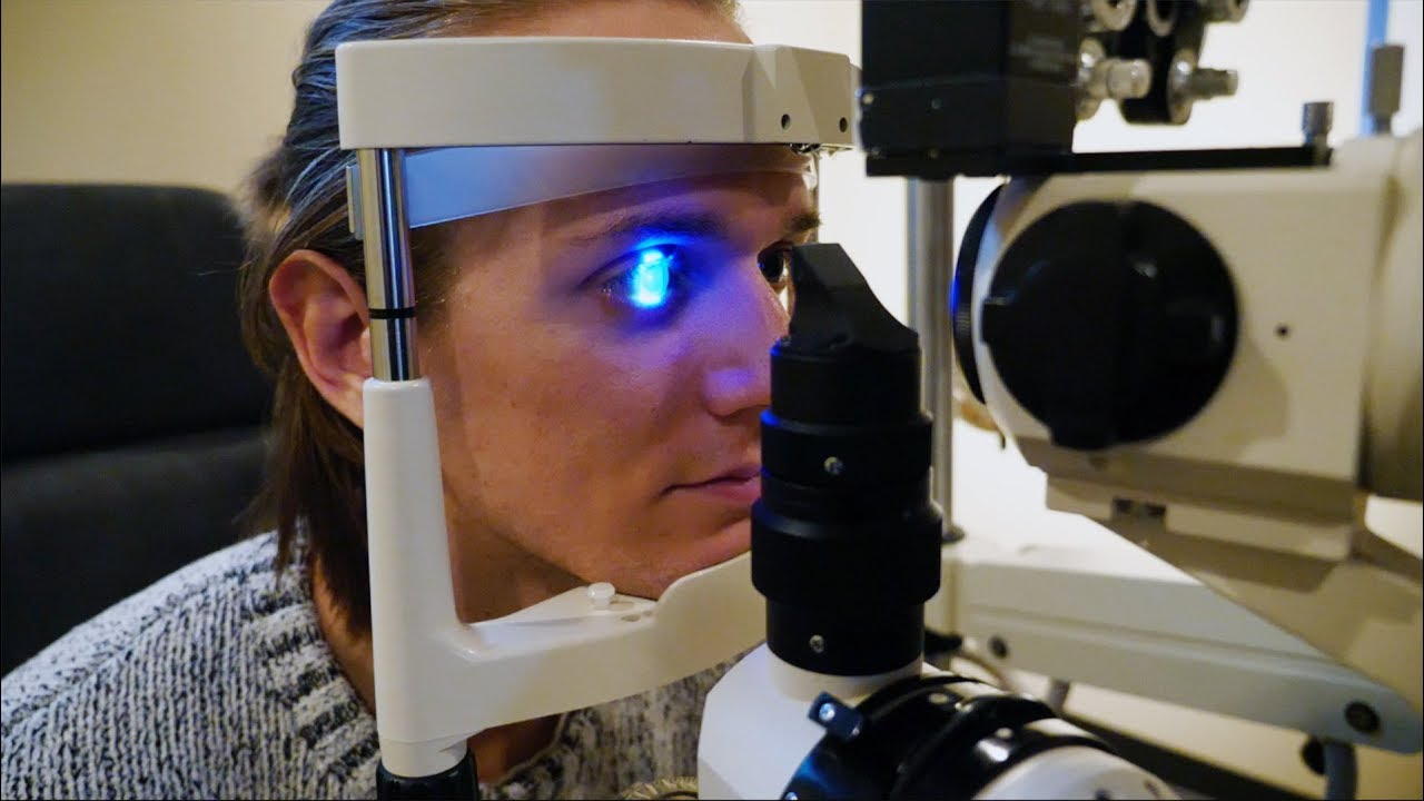 laser eye surgery Lasik eye surgery cost depends on several factors learn what may be affecting the price of your lasik eye surgery and what to ask your lasik surgeon about cost.