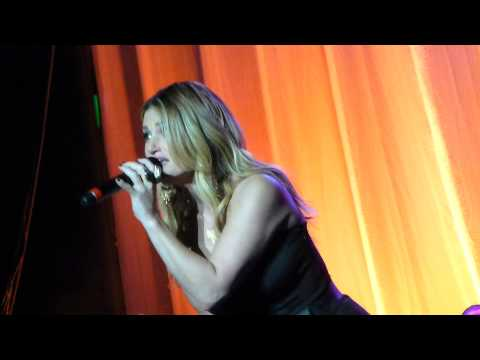 Idina Menzel  - The wizzard and I - Live Manchester 2015