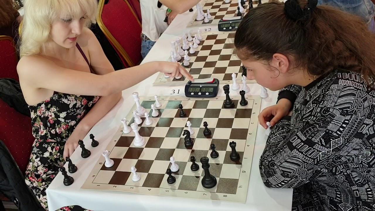 Download CM  Ilyina Lada - ??? Chess Video Plus presenys