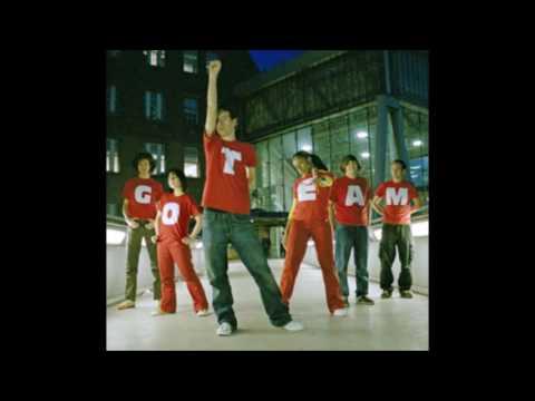 the go! team - live - 30 sep. 2004 - camden barfly, london