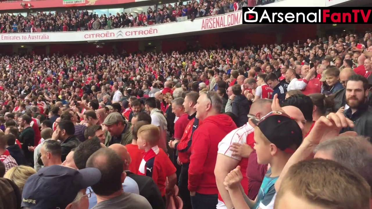 06c42f868 Arsenal Fans Celebrating St Totteringham s day Inside The Emirates  (Brilliant Fan Footage)