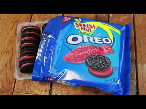 Swedish fish oreo review carbs w cultmoo youtube for Swedish fish oreos where to buy