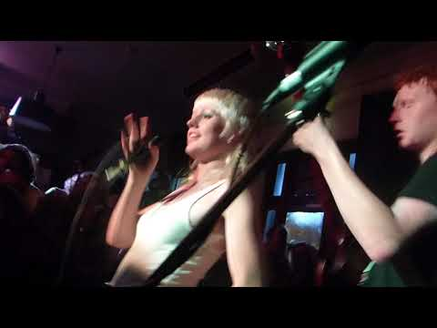 Amyl And The Sniffers - live @ Botany View Hotel, 27 January 2018