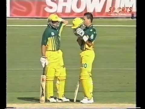 Stuart Law 93 vs West Indies 1996/97