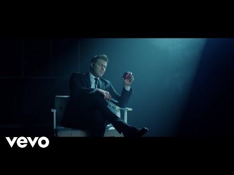 Christos Cholidis - Αν ακόμα μ' αγαπάς (Official Music Video)