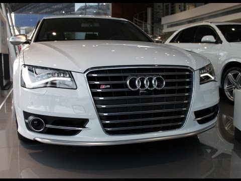 Audi S8 2013 MMi - Multimedia Interface display