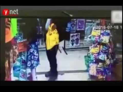 فيديو مُفزع  حاخام يتحرش جنسياً بطفلة thumbnail