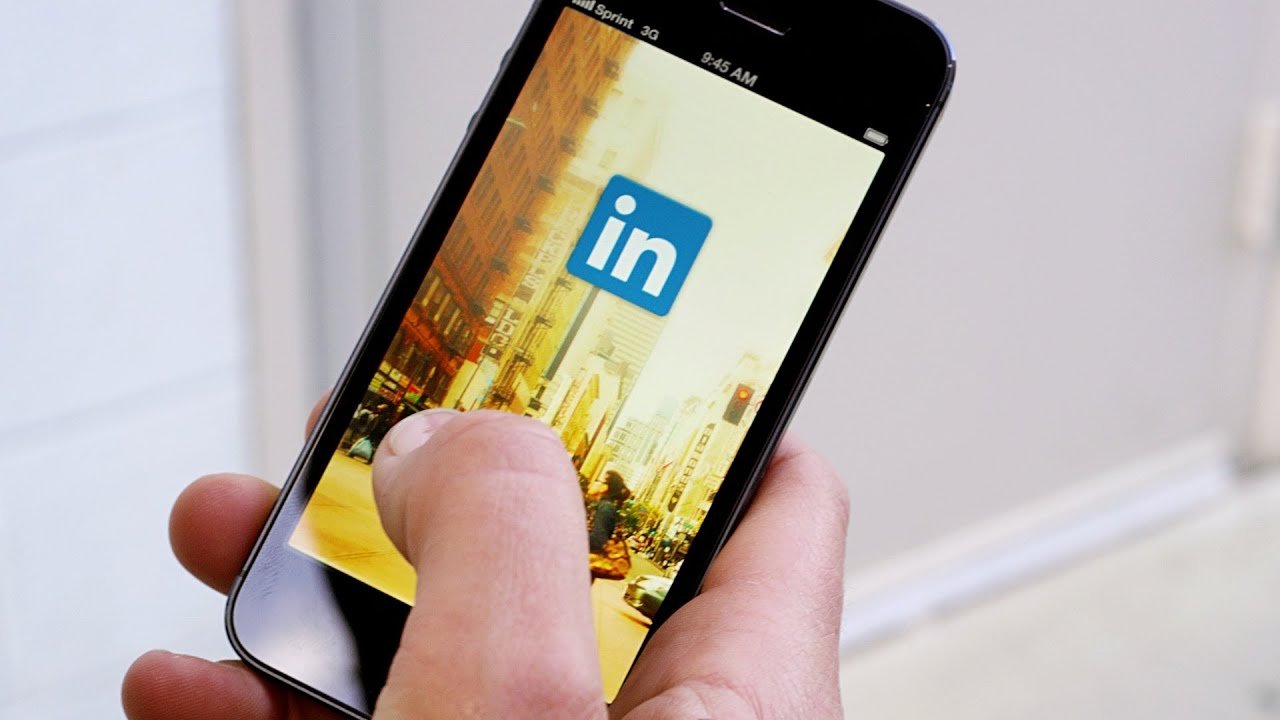 new linkedin mobile app for the everyday professional youtube. Black Bedroom Furniture Sets. Home Design Ideas