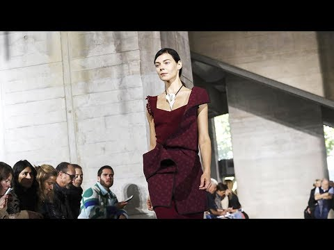 Roland Mouret | Spring Summer 2018 Full Fashion Show | Exclusive