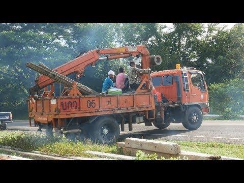 Crane Truck 2017   รถบรรทุกหกล้อติดเครน รถยก ยกเสาไฟ【CHANAWAN】