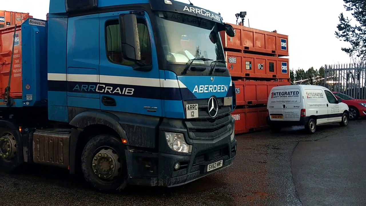 4d22d5131a21 OEG Offshore - 8ft x 6ft DNV 2.7-1 Drum Baskets loading out from Aberdeen