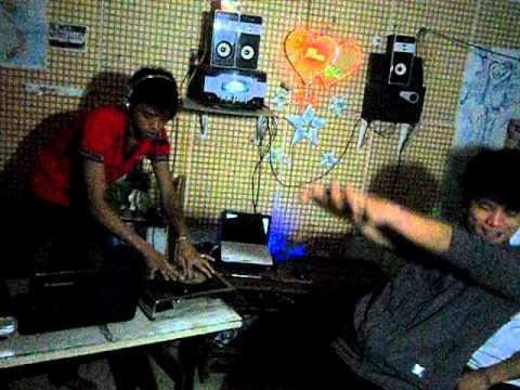 SAN NHAY SINH VIEN (DJ CHINH KAKA_HOANG LIEM_SYCHUNG)