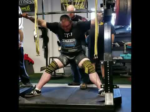 7179e87e0c78be 900 pound squat 16Dec2017 - YouTube