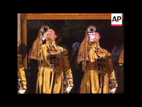 UK: JAPANESE EMPEROR AKIHITO & EMPRESS MICHIKO VISIT