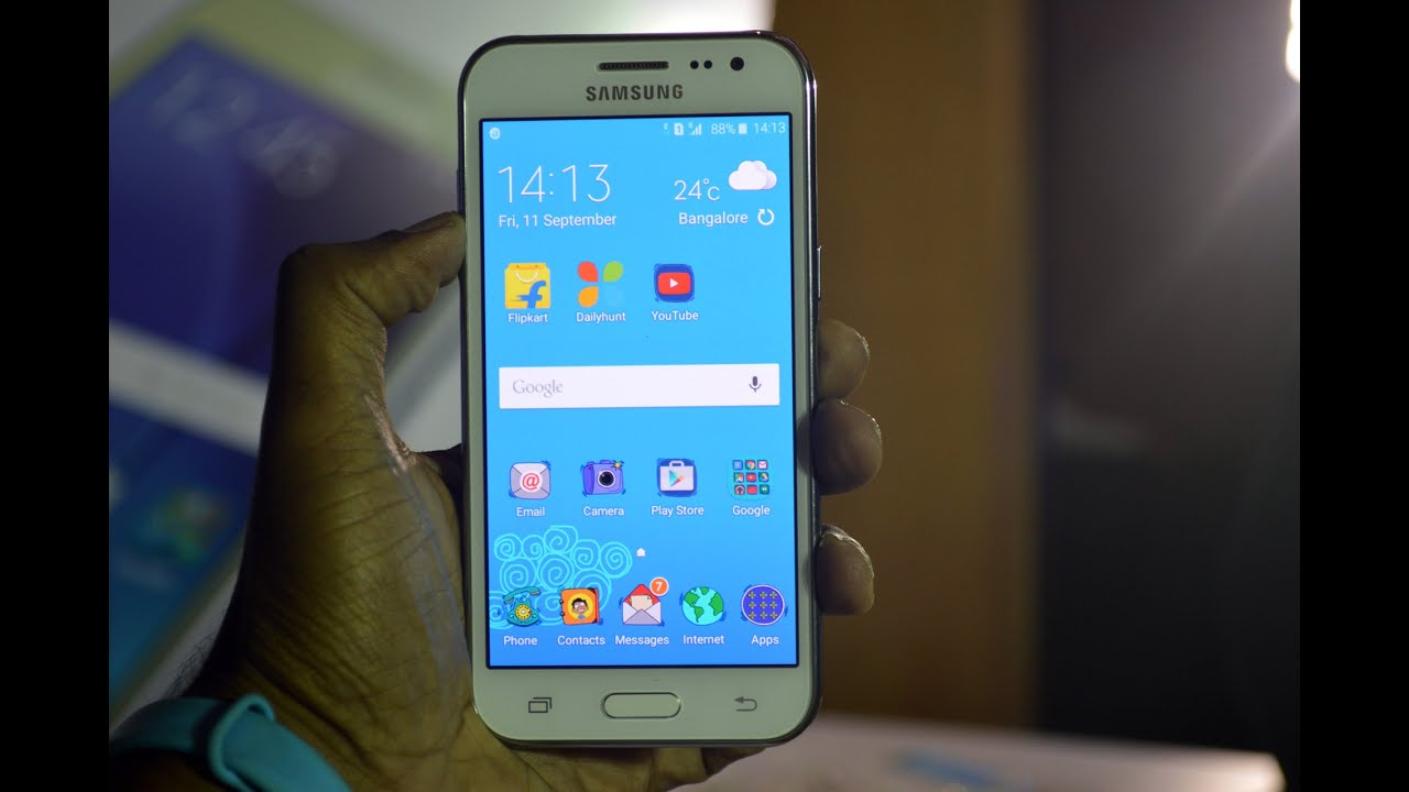 Samsung Galaxy J2 Hands On Review