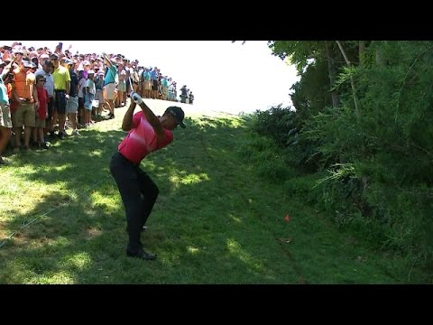 Tiger Woods' spectacular recovery shot on No. 12 at Quicken Loans