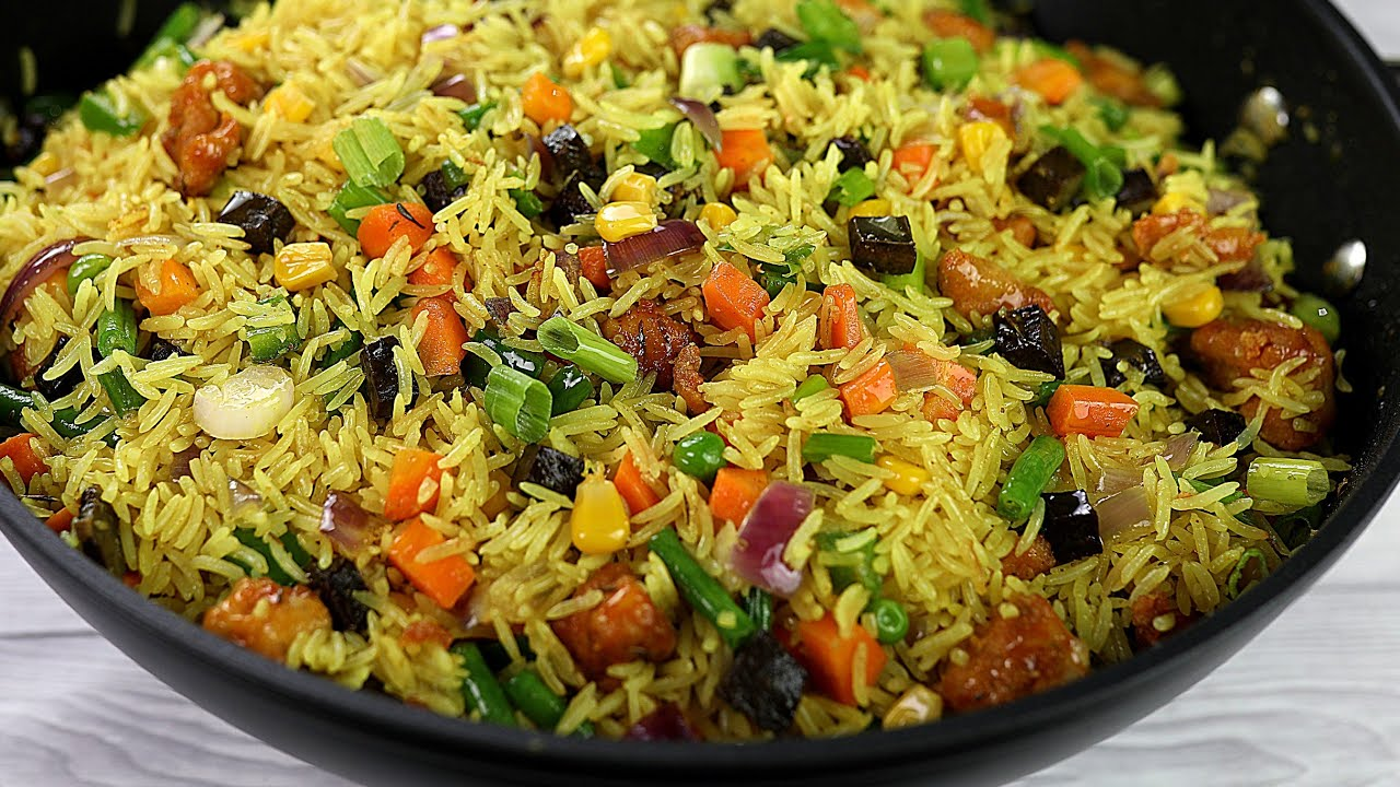 Download THE BEST NIGERIAN FRIED RICE RECIPE : SPECIAL CHICKEN FRIED RICE | SISI JEMIMAH