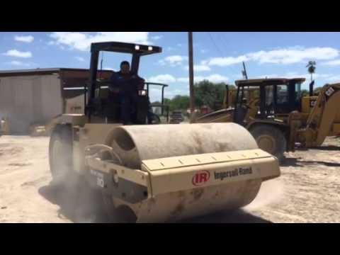 Roller IngersollRand SD110  YouTube
