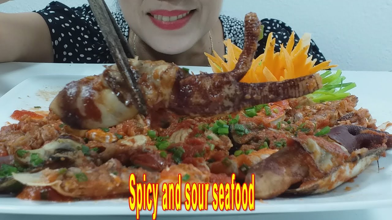 ASMR Cooked seafood with spicy sauce Very attractive & delicious(eating sounds)no talking | VI ASMR