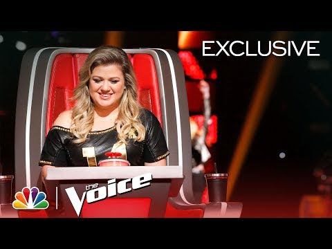 The Voice 2018  New Coach Kelly Clarksons First Day Digital Exclusive